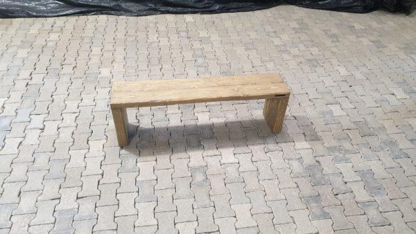 Sitzbank ohne Lehnen